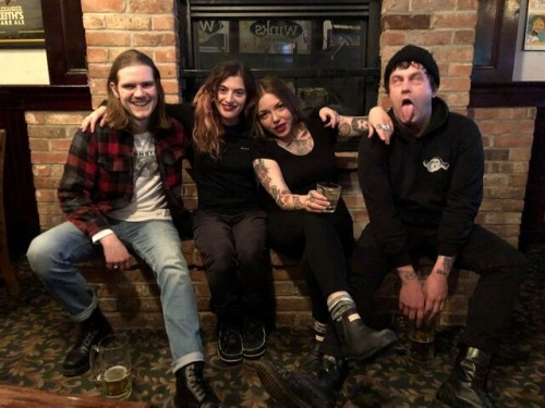 http://auteurresearch.com/wp-content/uploads/2018/06/bandpic1_preview-wpcf_500x375.jpg